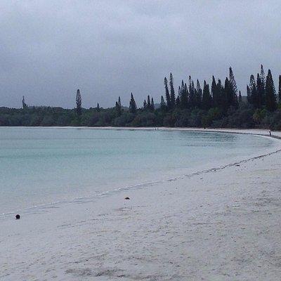 生憎の天気でしたが、とてもキレイなビーチです。