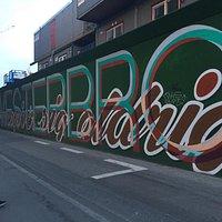 Quartiere alternativo/hipster di Copenhagen dove anche un cantiere della metro viene decorato da