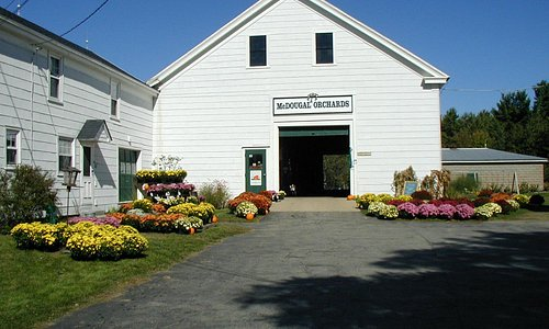 The front of the barn all decked out in the Fall