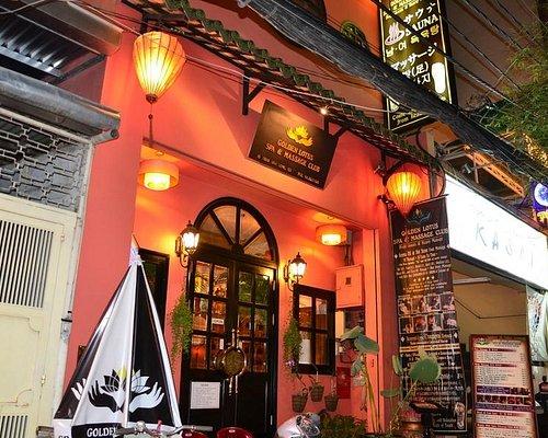 outside spa thai van lung street