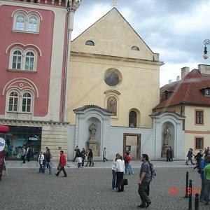 vista fronta da igreja de são josé