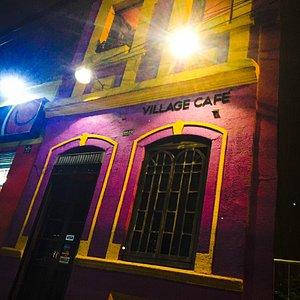 Fachada Village cafe.  casa Morada