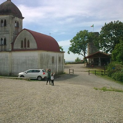 chiesetta e torre