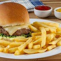 Hambúrguer Artesanal com fritas...
