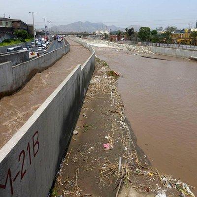 Rimac in Lima: Was für eine Drecksbrühe !