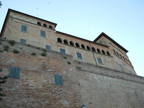 Rocca Malatestiana di Longiano sede della collezione Balestra