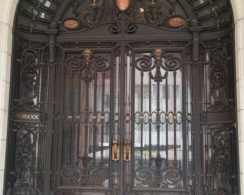La cancellata Liberty ( ingresso principale)