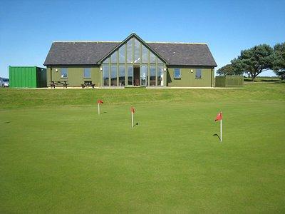 Maverston Golf Course