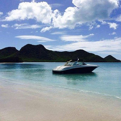 Life's A Picnic - Yacht Charters