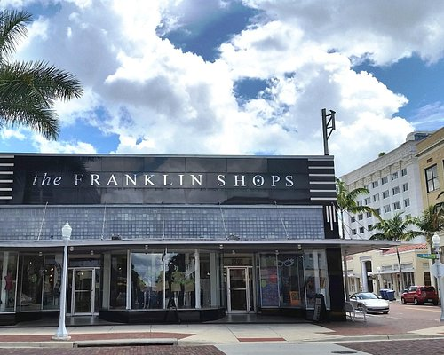 The Franklin Shops located on the corner of First & Broadway in downtown Fort Myers.