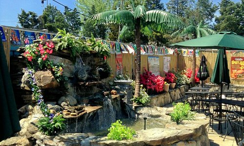 City Grille's Outdoor Patio and Tiki Bar