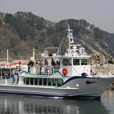 新造した遊覧船