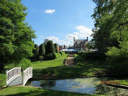 Paca Garden and House
