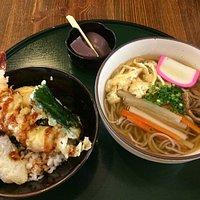 行基庵のオススメは「行者セット」天丼と汁そばのセットで1000円也