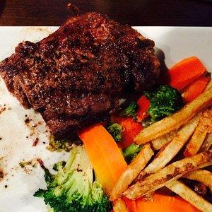 Ordered steak. It was good :)