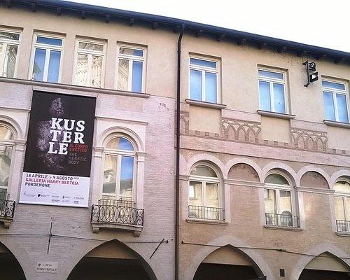 Facciata di Palazzo Spelladi