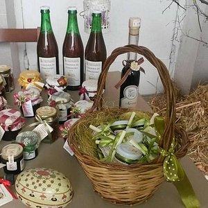 Alcuni prodotti in vendita presso il Mercato Sano e Genuino di Arpino