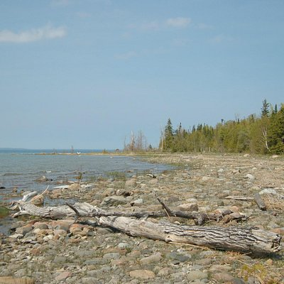 Hibou conservation area - The Point Trail
