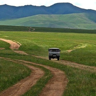 Go to Central Mongolia for 6 days trip.