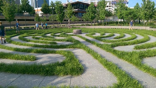 Labyrinth at Smale Park