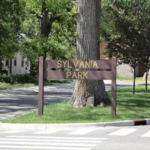 Sylvania Park Sign