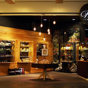 Rata Jewellery - Wall Street Mall - George Street - Dunedin - NZ