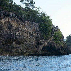 Beautiful island dive area