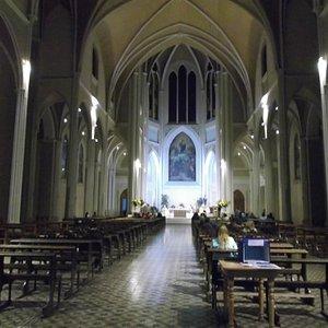 Santiago de Chile, Iglesia de La Gratitud Nacional. Altar mayor.