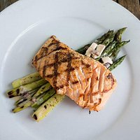 Fundy Salmon with Roasted Asparagus