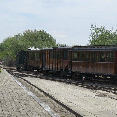Rx Maas Buurt materieel voor een binnenkomende tram