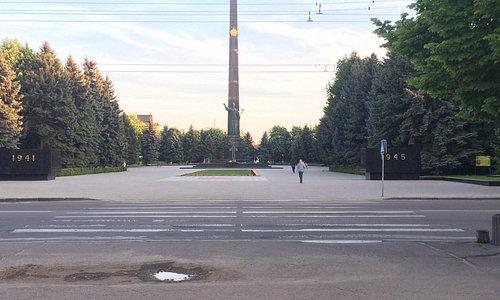 Братская могила Великой Отечественной войны воинов