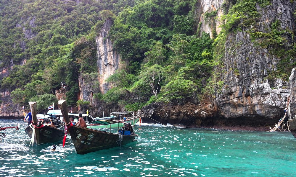 The back way into Maya Bay
