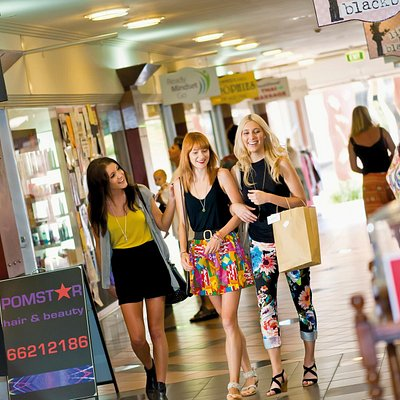 Shopping in The Star Court Arcade, Lismore - photo for Lismore Nimbin Tourism