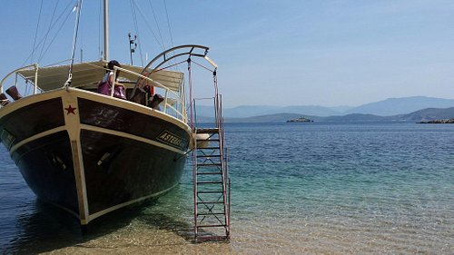 Asteras Day Cruises