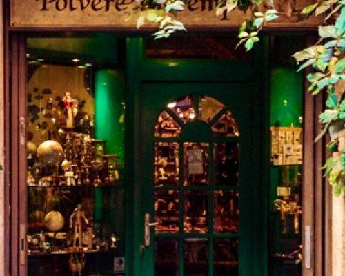 Best little shop in Rome