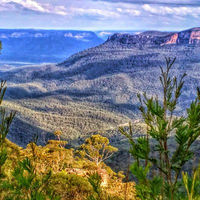 The Jamison Valley in The Majestic Blue Mountains Tour