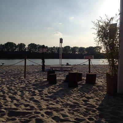 Ein Tag am Strand mitten in Köln
