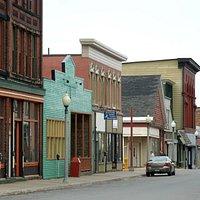 Calument - Fifth Street