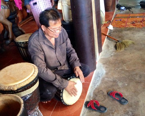 Lovely family who makes their own drums
