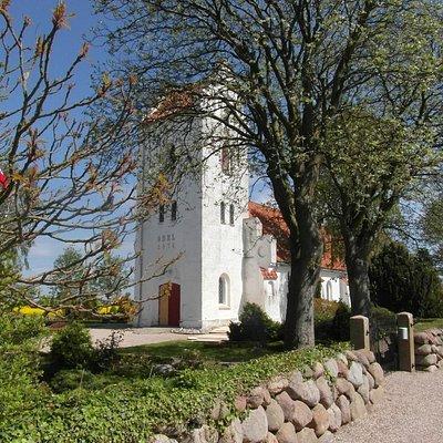 Avernako Kirke
