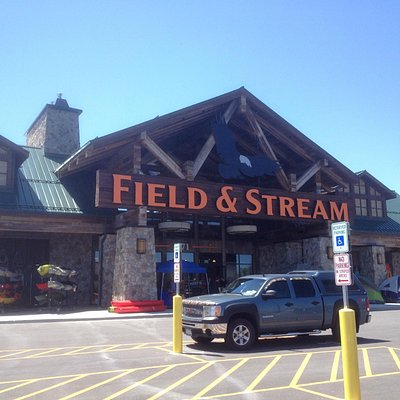 Marketplace Mall - new Field & Stream store