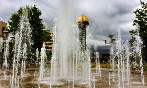 Fountain at Knoxville Convention Center