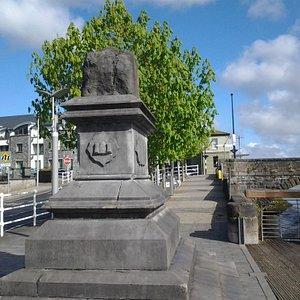 monument near Thomond bridge