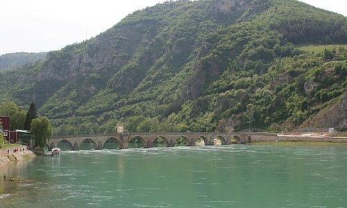 Мост через реку Дрина