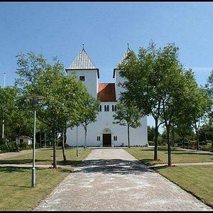 Kirken lige forfra