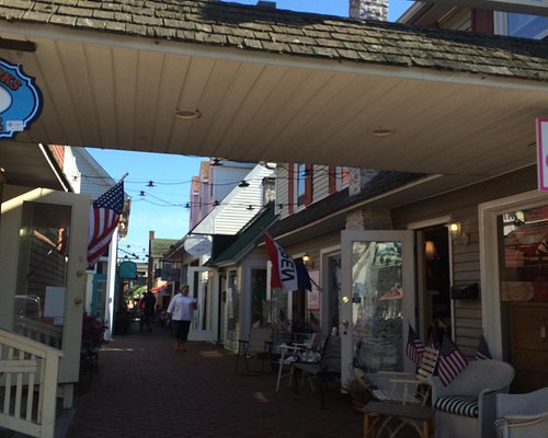 Shops at Rehoboth Mews