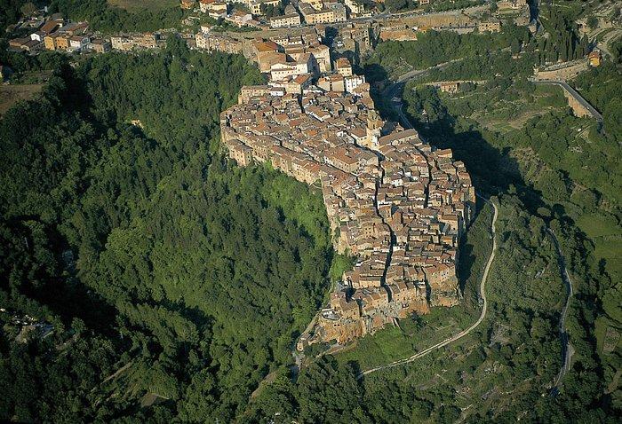 Pitigliano, Panorama