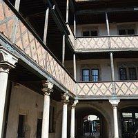 Cour de l'hôtel de Champagney