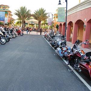 Jeden Dienstag abends Harley-Treff für jedermann