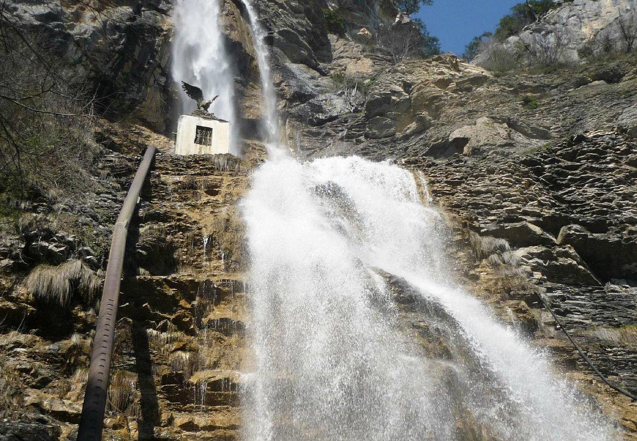 Водопад Учан-Су в апреле